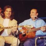 1998. Με το σπουδαίο τραγουδιστή και συνθέτη Αντώνη Ρεπάνη.