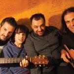 2015. Με τους Γιάννη Σίννη, Περικλή Παπαδόπουλο και Στέργο Βόλα, σε πρόβες για unplugged rock εμφάνιση.